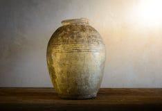 Pots antiques de terre cuite Images libres de droits