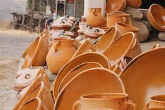 Pots and casseroles made of clay in El Cubilete