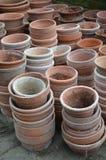 Pots d'usine de terre cuite de jardin Photographie stock