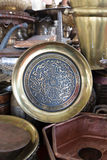 Pots de cuivre brillants de café Image libre de droits