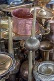 Pots de cuivre brillants de café Photos libres de droits