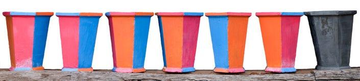 Pots de fleur colorés carrés Images libres de droits