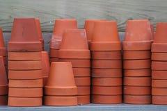 Pots de fleur de terre cuite Image libre de droits