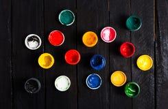Pots de peintures de gouache Images libres de droits