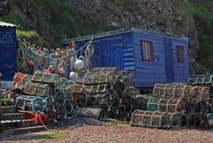 Pots du hangar et de homard des pêcheurs Photographie stock