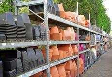Pots et récipients de jardin Images stock