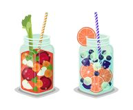 Pots régénérant le Detox Juice Vector Big Glass Cups illustration stock
