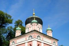 POTSDAM, ALEMANIA - 15 DE AGOSTO DE 2017: Alexander Newski Church en la colonia rusa Alexandrowka, Imagenes de archivo