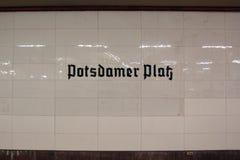 Potsdamer Platz etykietka przy stacją Obrazy Stock
