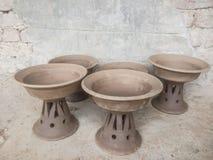 Potten door de Pottenbakker worden gemaakt die Royalty-vrije Stock Afbeeldingen
