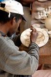 Pottenbakker in Tamgroute (Marokko) Stock Afbeeldingen