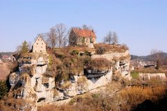 Pottenstein城堡在法兰克的瑞士 图库摄影