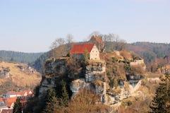 Pottenstein城堡在法兰克的瑞士 免版税库存图片