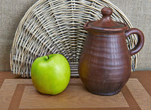 Pottery And Apple Still Life Royalty Free Stock Photos