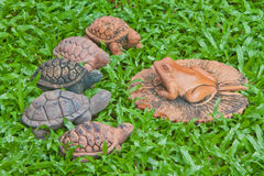A pottery of frog and turtles Stock Photography
