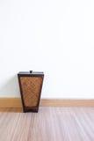 Poubelle de bambou Photographie stock libre de droits