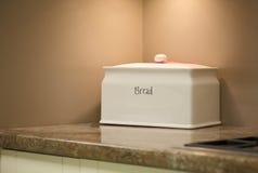 Poubelle de pain blanc Image stock