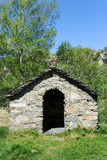 Pouca capela em Gola di Lago sobre Lugano Fotos de Stock Royalty Free