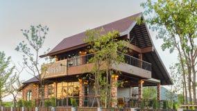 Pouca casa do café da floresta Fotografia de Stock