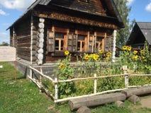 Pouca casa na exploração agrícola Fotografia de Stock Royalty Free