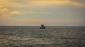 Pouca flutuação do barco Imagem de Stock