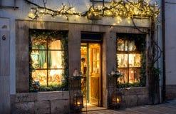 Pouca loja para presentes do Natal em Rothenburg - Alemanha foto de stock