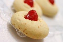 Pouca pastelaria com cereja Imagens de Stock