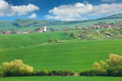 Poucas cidade e natureza europeias, conceito das férias de verão Foto de Stock