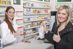 Pouces de pharmacie  Photos libres de droits