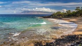 Pouco nascer do sol de Maui da praia Fotografia de Stock Royalty Free