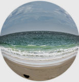 Poucos praia e mar do planeta Fotos de Stock Royalty Free