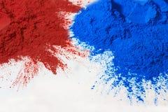 Poudre rouge et bleue Photos libres de droits