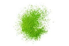 Poudre verte de thé de matcha d'isolement sur le fond blanc Image stock