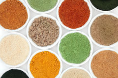 Poudres de nourriture biologique image libre de droits