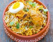 Poulet Biryani - plat indien traditionnel de riz avec le poulet Photographie stock libre de droits