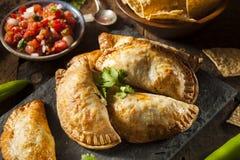 Poulet bourré fait maison Empanadas Photo libre de droits
