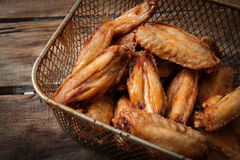 Poulet cuit à la friteuse Photos libres de droits