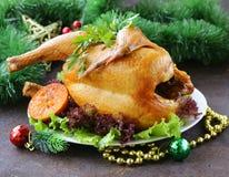 Poulet cuit au four pour le dîner de fête, Noël Photos stock