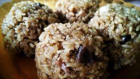 Poulet en riz visqueux image libre de droits