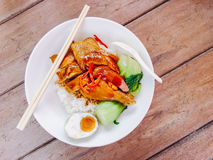 Poulet et porc de riz rôtis Photo stock