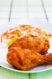 Poulet frit avec de la sauce Images libres de droits