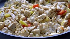 Poulet frit avec des légumes photographie stock
