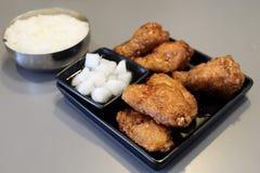 Poulet frit avec du riz Images libres de droits