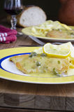 Poulet Piccata Photos stock