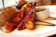 poulet rôti avec de la sauce savoureuse Photo stock