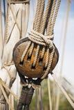 Poulie avec la corde Photo stock