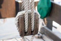 Poulie de bateau photographie stock libre de droits
