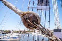 Poulie de corde de bateau image stock