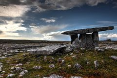 Poulnabrone dolmen Stock Photos