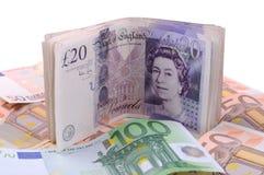 Pound und Euro Lizenzfreie Stockbilder